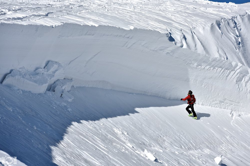 A devastating Avalanche in Gulmarg From 2015